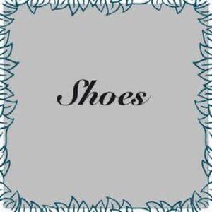 Shoes 👇🏽👇🏽👇🏽